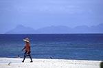 Fiji;Fijian;Melanesia;South_Pacific;Oceania;beach;Beachcomber;Island;coasts;islands;male;man;Man;men;people;person;persons;seashores;seaside;tropical;Western_Province;beaches