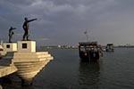 Iraq;Iraqi;Mesopotamia;Mesopotamian;Arvand;Basra;Corniche;fallen;Iran_Iraq;Middle_East;Near_East;rivers;streams;water;Shatt_al_Arab;statues;War_