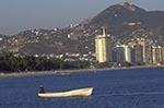 Mexico;Mexican;Latin_America;North_America;Central_America;Acapulco;boat;boats;coasts;Fishing;Guerrero;seashores;seaside;transportation;vessels;beaches