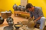 Mexico;Mexican;Latin_America;North_America;Central_America;Art;Art_history;arts;crafts;handicrafts;handicrafts;arts;crafts;Black;pottery;San_Bartolo;Coyotepec;Oaxaca