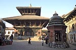 Nepal;Nepali;Nepalese;Asia;Architecture;Art;Art_history;Himalayas;Kathmandu_Valley;persons;people;South_Asia;UNESCO;World_Heritage_Site;Bhaktapur;Kathmandu_Valley;Madhyamanchal;Central_Region;Pashupatinath_Temple