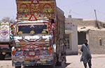 Pakistan;_Pakistani;_Asia;_Indian_Subcontinent;_Balochistan;_cargo;_Dalbaldin;_lorries;_lorry;_male;_man;_men;_Painted;_Pakistani;_people;_Pakistanis;_person;_persons;_transportation;_truck;_trucks;_Asia